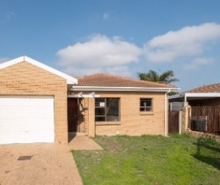 R 1,495,000 - 3 Bed House For Sale in Protea Heights