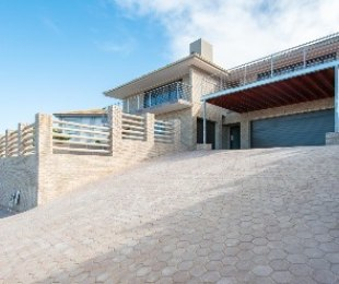 R 3,690,000 - 5 Bed Home For Sale in Dana Bay