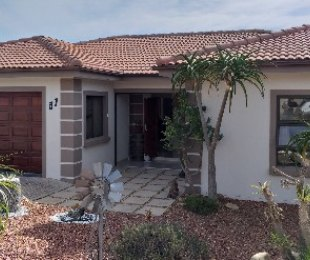 R 2,740,000 - 3 Bed Home For Sale in Reebok