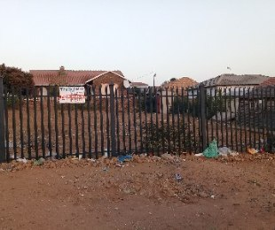 R 370,000 -  Land For Sale in Mabopane