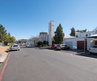 R 3,250,000 - 2 Bed Flat For Sale in Stellenbosch Central