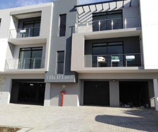 R 11,500 - 2 Bed Flat To Let in Bloubergrant