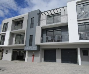 R 1,830,000 - 2 Bed Flat For Sale in Table View