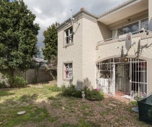 R 1,160,000 - 2 Bed Flat For Sale in Sonstraal Heights