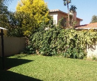 R 15,000 - 3 Bed Property To Rent in Rivonia