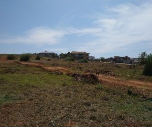R 599,000 -  Plot For Sale in Hartenbos
