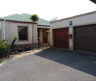 R 13,000 - 3 Bed House To Rent in Blouberg Sands