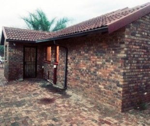 R 750,000 - 3 Bed Property For Sale in Nellmapius