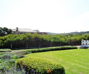 R 1,500,000 -  Land For Sale in Myoli Beach