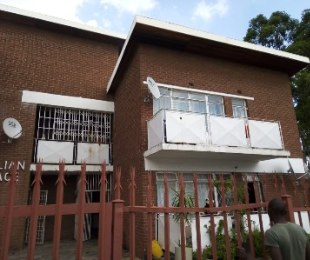 R 1,650 - 2 Bed Commercial Property To Let in Turffontein