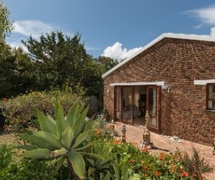R 12,500 - 2 Bed Home To Rent in Hout Bay