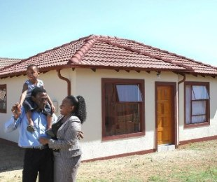 R 534,000 - 2 Bed House For Sale in Lenasia South
