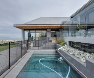 R 6,900,000 - 5 Bed House For Sale in Muizenberg