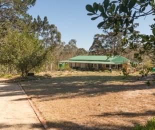 R 3,600,000 - 2 Bed Smallholding For Sale in George
