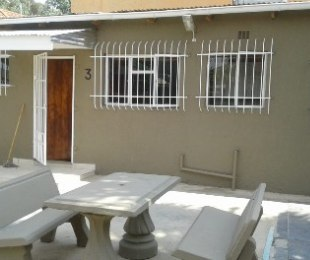 R 6,500 - 1 Bed Flat To Rent in Kensington South