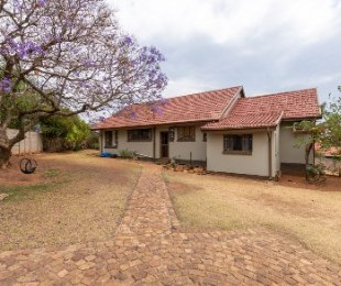 R 1,500,000 - 3 Bed House For Sale in Kenmare