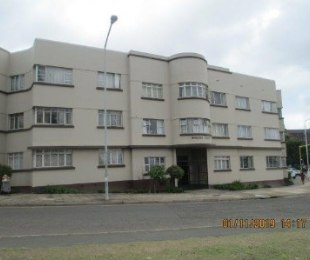 R 735,000 - 1.5 Bed Flat For Sale in Umbilo