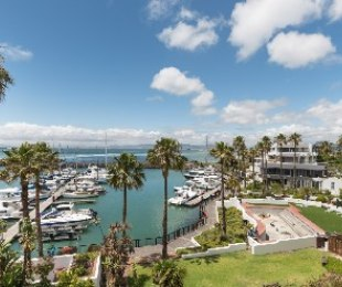 R 17,995,000 - 2 Bed Apartment For Sale in Mouille Point