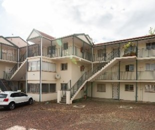 R 10,000 - 2 Bed Apartment To Rent in Stellenbosch Central