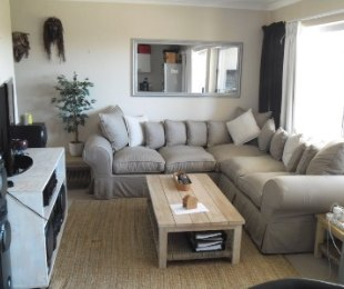 R 1,300,000 - 2 Bed Flat For Sale in West Beach
