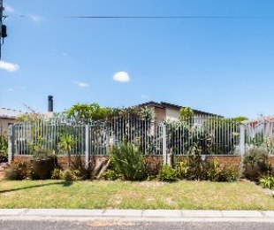 R 2,195,000 - 3 Bed House For Sale in Goodwood Estate