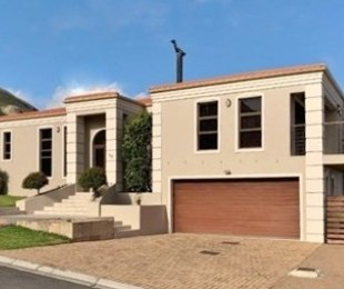 R 3,150,000 - 3 Bed Home For Sale in Hermanus