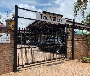 R 990,000 - 3 Bed Flat For Sale in White River