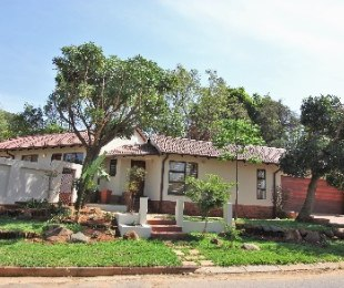 R 1,645,000 - 3 Bed Home For Sale in Sharonlea