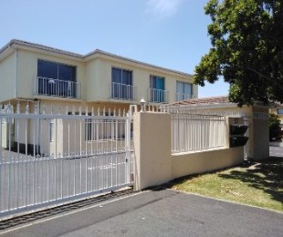 R 8,000 - 2 Bed Apartment To Rent in Bloubergrant