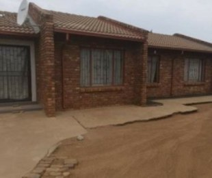 R 800,000 - 3 Bed Property For Sale in Mamelodi East