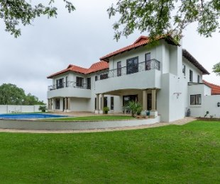 R 5,999,000 - 5 Bed Property For Sale in Carlswald
