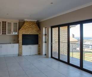 R 3,350,000 - 3 Bed House For Sale in Hartenbos