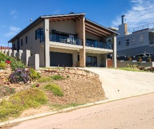 R 3,150,000 - 3 Bed House For Sale in Hartenbos