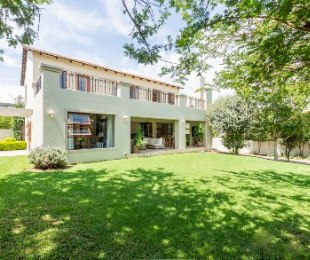 R 3,200,000 - 3 Bed Home For Sale in Broadacres