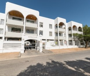 R 3,045,000 - 3 Bed Flat For Sale in Stellenbosch Central