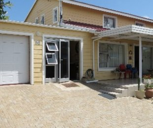 R 1,360,000 - 2 Bed House For Sale in Hartenbos