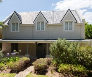 R 3,995,000 - 6 Bed House For Sale in Greyton