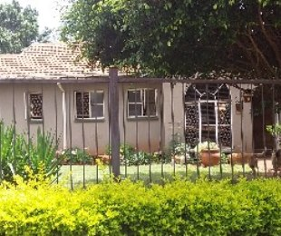 R 1,370,000 - 5 Bed Home For Sale in The Orchards