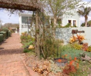 R 2,950,000 - 4 Bed House For Sale in Napier