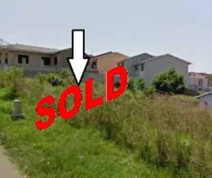 R 320,000 -  Plot For Sale in Newlands West