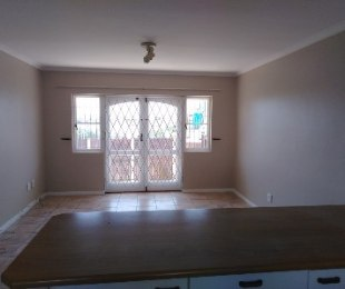 R 7,900 - 2 Bed Flat To Rent in West Beach