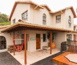 R 2,855,000 - 3 Bed House For Sale in Cola Beach