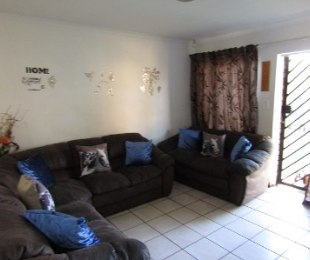 R 929,000 - 2 Bed Property For Sale in Celtisdal