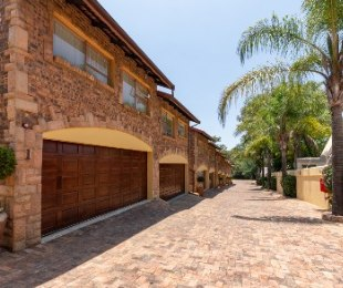 R 2,750,000 - 3 Bed Property For Sale in Woodmead