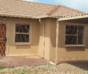 R 845,000 - 3 Bed Property For Sale in The Orchards