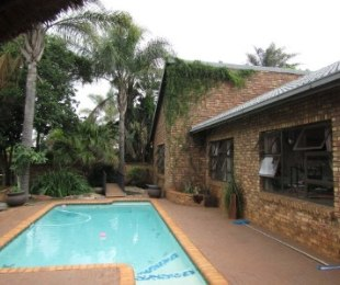 R 2,685,000 - 4 Bed Home For Sale in Eldoraigne