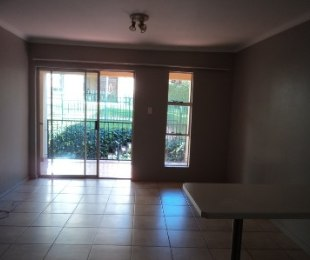 R 7,000 - 2 Bed Flat To Rent in Northcliff