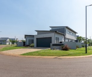 R 2,950,000 - 3 Bed Home For Sale in Midstream Estate