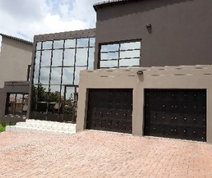 R 4,199,000 - 6 Bed Property For Sale in Midrand
