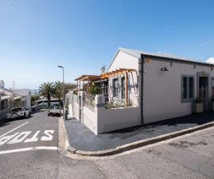 R 12,500 - 2 Bed House To Rent in Walmer Estate